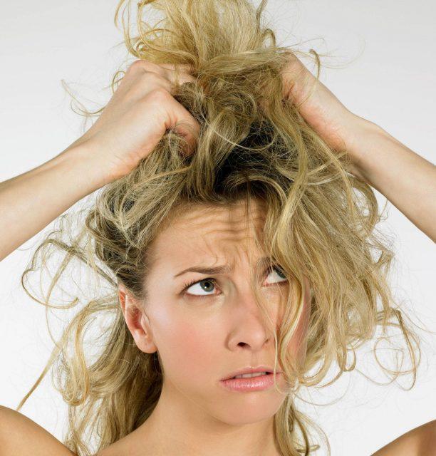 Prevenire la Caduta Dei Capelli E Alopecia