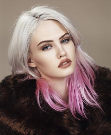 colore-capelli-grigio-e-rosa