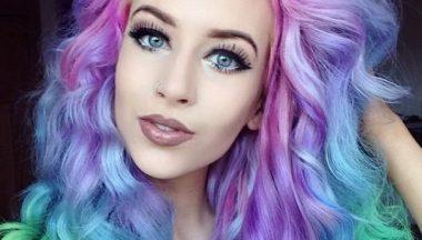 Capelli arcobaleno, la risposta ai capelli grigi!
