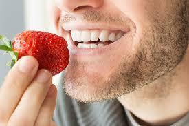 sbiancare i denti in modo naturale