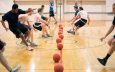Il gioco del dodgeball fa tornare bambini