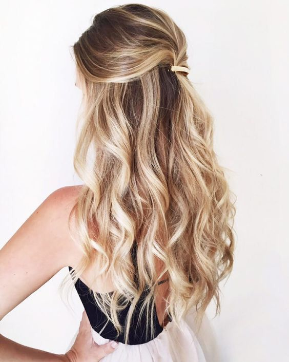Beach waves: capelli con onde morbide