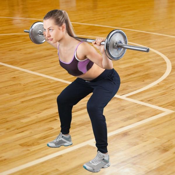 Squat: in palestra e a casa, l'esercizio per rassodare i glutei